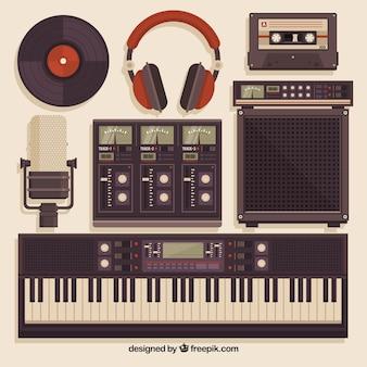 Equipamiento de estudio de música en estilo vintage