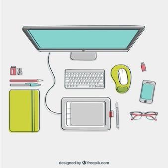 Escritorio de diseñador esbozado en vista superior