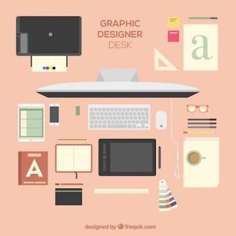 Escritorio lindo de diseñador gráfico