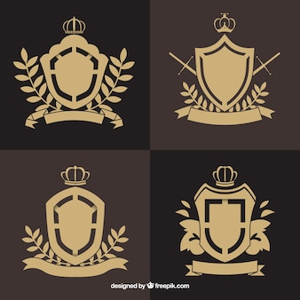Escudos emblemáticos con detalles florales