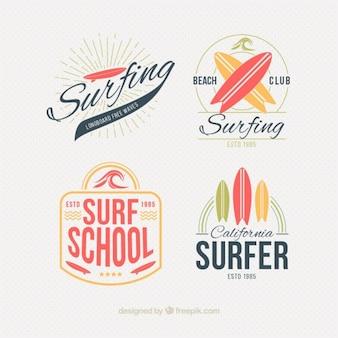 Estilosas insignias de surf en estilo vintage
