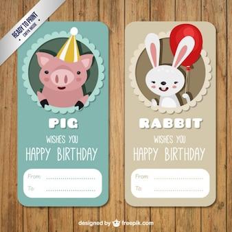 Etiqueta de cumpleaños de cerdo y conejo