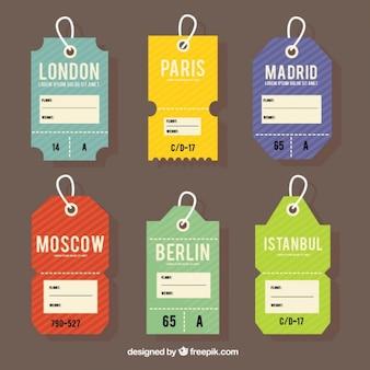 Etiquetas planas de colores de ciudades