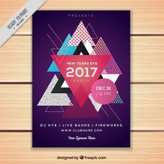 Folleto moderno con triángulos de año nuevo