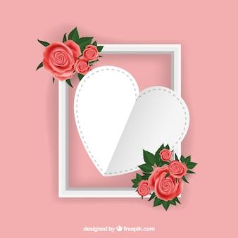 Fondo de corazón en un marco con flores