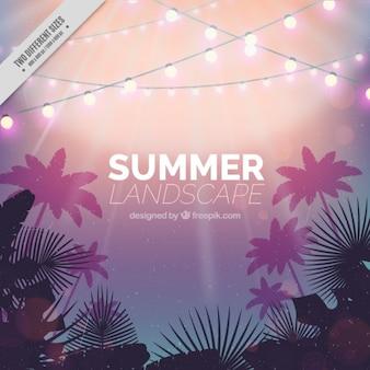 Fondo de paisaje de verano con guirnaldas de luces