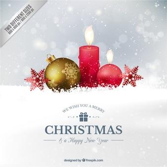 Fondo realista de bola de navidad y velas