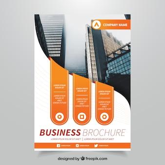 Genial folleto de negocios con formas naranjas
