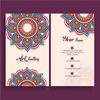 Genial tarjeta de visita con mandalas decorativos