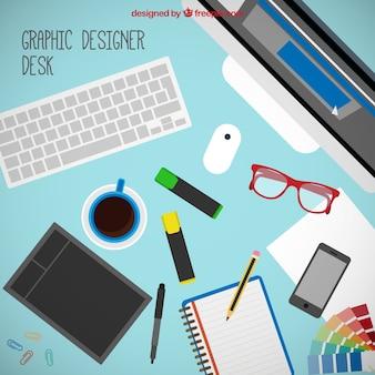 Herramientas de diseñador gráfico en el escritorio