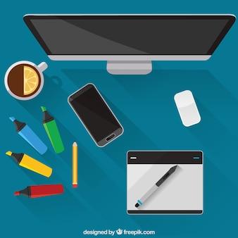 Herramientas realistas de diseñador gráfico en vista superior