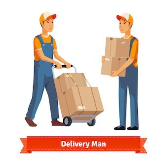 Hombre de entrega con cajas