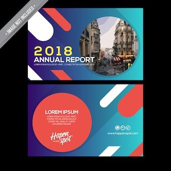 Informe anual con diseño horizontal
