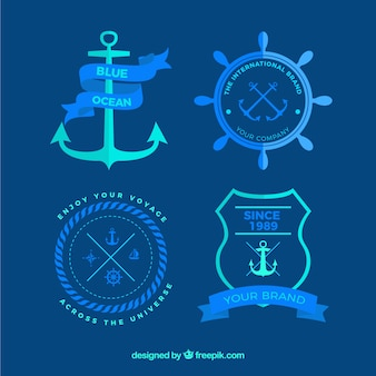 Insignias náuticas en colores azules