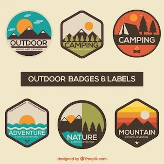 insignias y etiquetas de aventura paquete