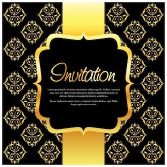Invitación con ornamentos dorados