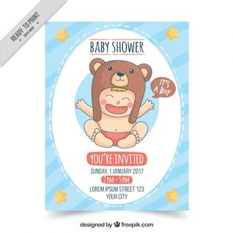 Invitación de bienvenida del bebé dibujada a mano con niño sonriente
