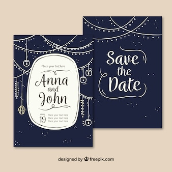 Invitación de boda azul oscura con decoración dibujada a mano