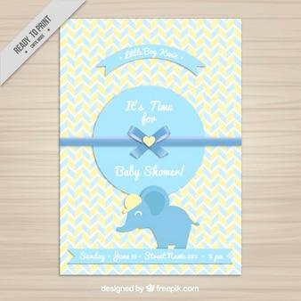 Invitación de la bienvenida del bebé con un elefante azul