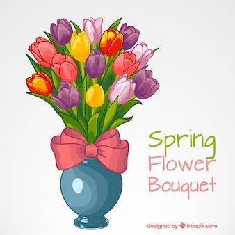 Jarrón con tulipanes de colores