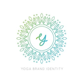 Logo con letra mayúscula y diseño de mandala