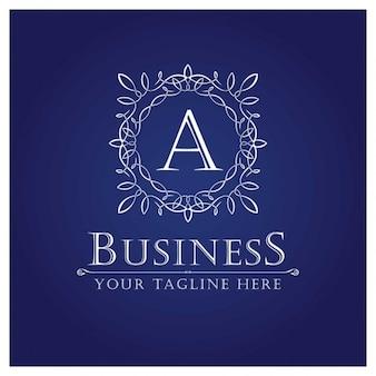 Logo de letra A en estilo ornamental