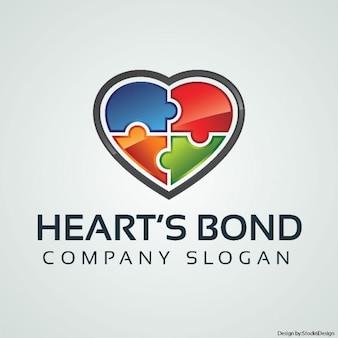 Logotipo del rompecabezas del corazón