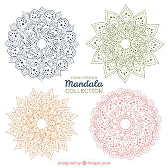 Mandalas de colores dibujados a mano