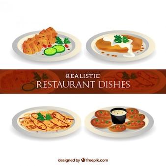 Menus realistas deliciosos en un restaurante