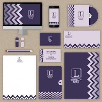 Mock up de papelería púrpura