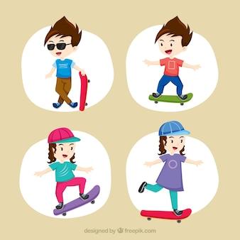Niñas y niños haciendo longboard