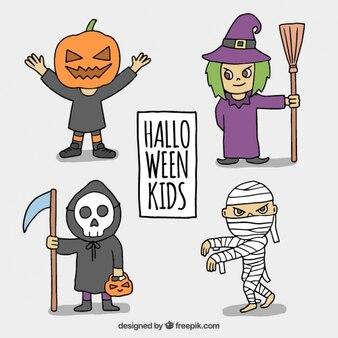 Niños espeluznantes con disfraces de halloween
