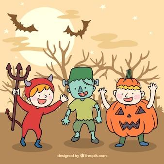 Niños juguetones listos para halloween