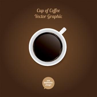 Nueva taza de café con burbujas sobre fondo marrón
