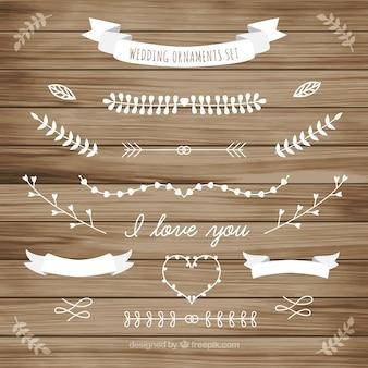 Ornamento blanco de la boda de la recogida de las hojas