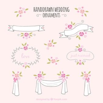 Ornamentos florales de boda dibujados a mano