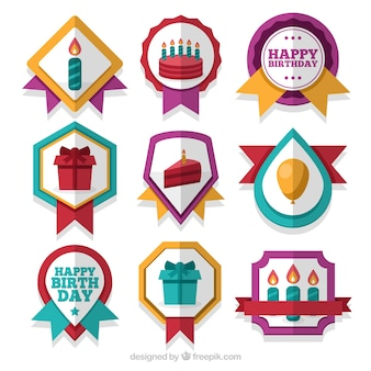 Pack colorido de insignias de cumpleaños planas