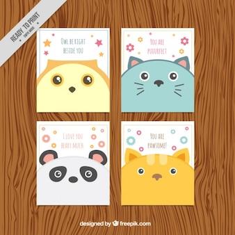 Pack de cuatro tarjetas bonitas de animales en diseño plano