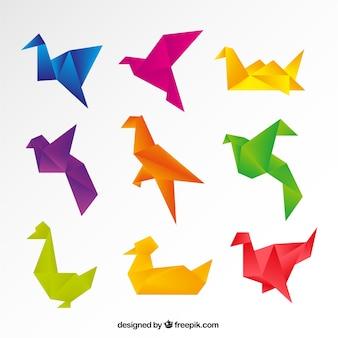 Pájaros de origami de colores