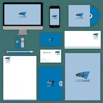 Papelería corporativa azul