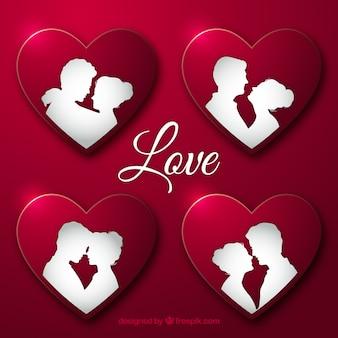 Parejas enamoradas dentro de corazones