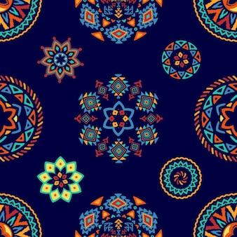 Patrón de formas abstractas étnicas decorativas