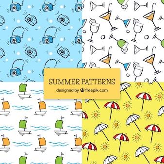 Patrones de verano dibujados a mano