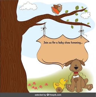 Perro lindo con el juguete de pato, tarjeta de felicitación