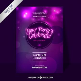 Plantilla de flyer púrpura de fiesta