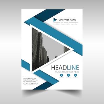 Plantilla de folleto de negocios con formas triangulares geométricas