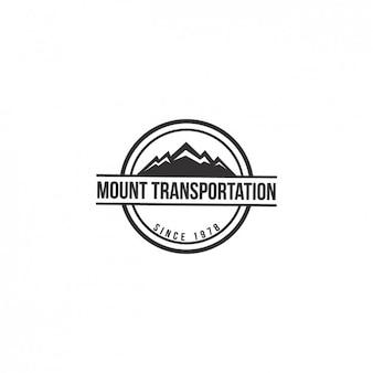 Plantilla de logo con forma de montaña