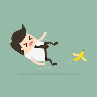 Resbalando con una piel de banana