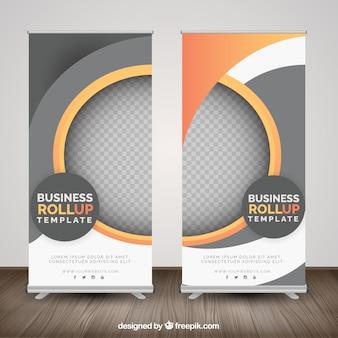 Roll up de negocios con formas geométricas en tonos naranjas
