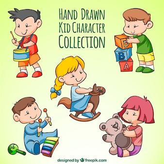Selección de niños dibujados a mano jugando